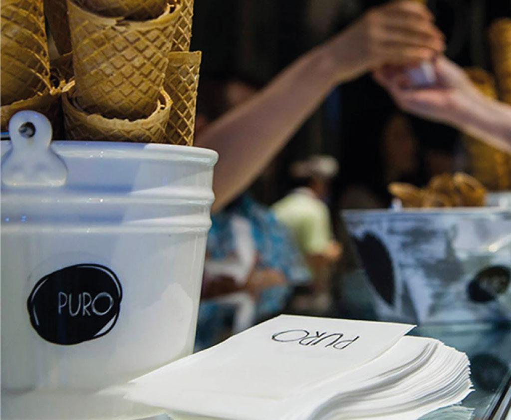 Comunicazione punto vendita We Love Puro - Agenzia pubblicitaria Napoli - Libellula Grafica Lab